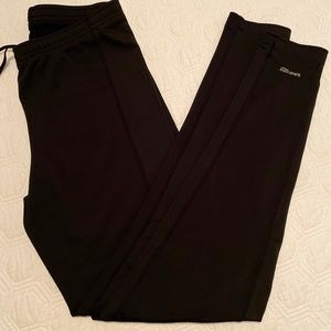 Saucony black leggings